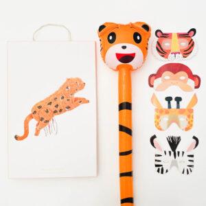 kinderfeestje-thema-jungle-luxe-pakket-piñata-cheetah-tijger-jungle-dieren-maskers-hobbypaard