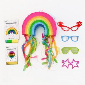kinderfeestje-thema-regenboog-luxepakket-piñata-regenboog-folieballon-regenboog-folieballon-bal-kleurrijke-zonnebrillen