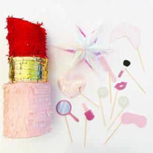 kinderfeestje-thema-verwen-roos-luxe-pakket-piñata-lipstick-lippenstift-photobooth-props