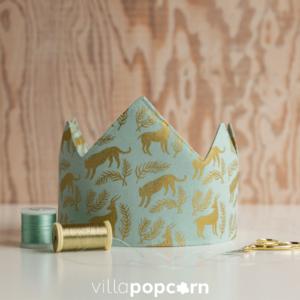 zelfgemaakte-verjaardagskroon-mint-goud-met-tijgers-en-herten